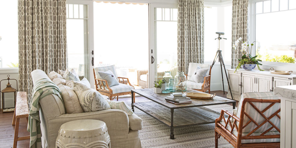 Superior Like In This Beach House The Neutral Spread Doesnu0027t Look Bland Because Of  The Muted Prints Of The Similar Palette.