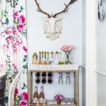 An Inside To Top Designers Extravagant Home Decors